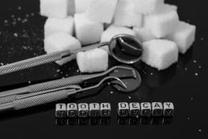 the causes of tooth decay